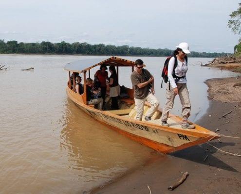 Gruppe Boot Dschungel Peru